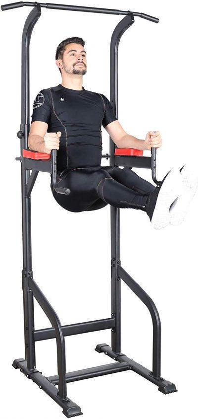 La chaise romaine Ultrasport Power Tower vous permet de réaliser des tractions chez vous.